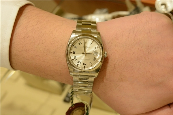 Rolex Oyster Perpetual Datejust Replica Watches With Roman Numerals Time Scales
