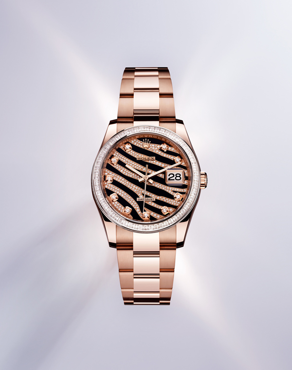 Such elegant copy Rolex watches must be for elegant ladies.