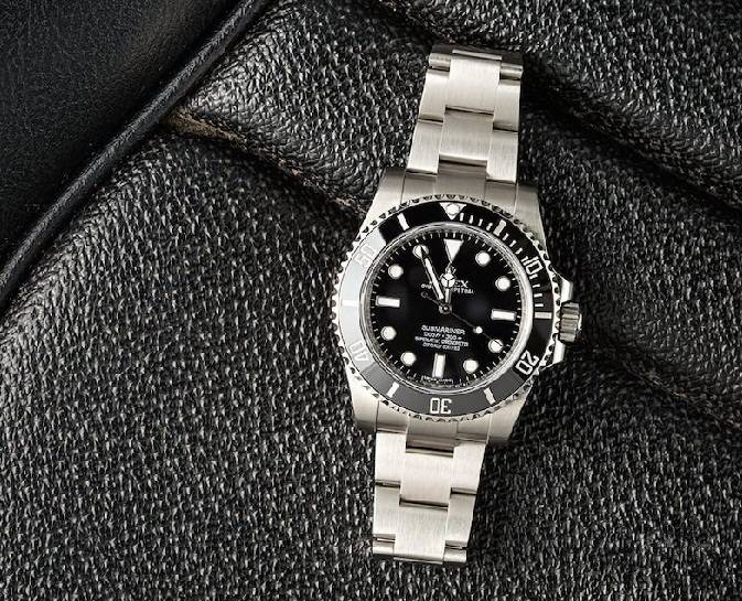 Black Submariner copy watches are superb.