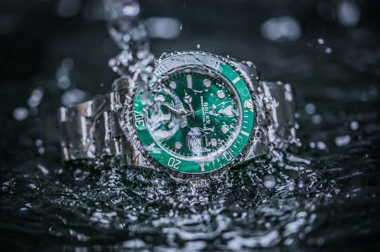 Swiss-made reproduction watches possess superior water resistance.