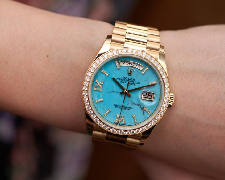Forever reproduction watches for sale are showy with turquoise material.
